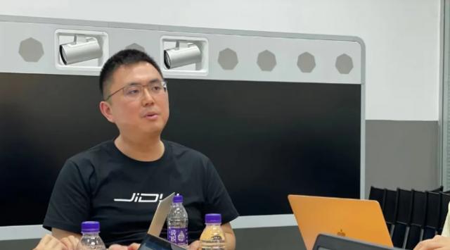 """""""集度汽车"""" CEO 夏一平首度公开亮相 不怕小米造车"""